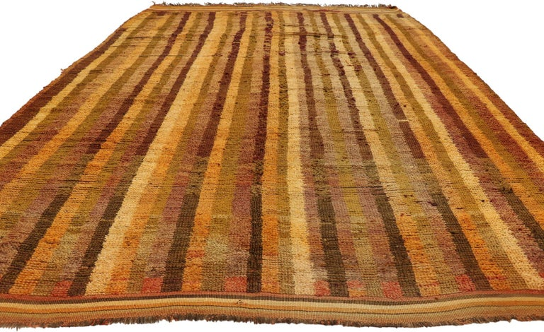 Hand-Knotted Vintage Berber Moroccan Boujad Rug with Mid-Century Modern Style For Sale