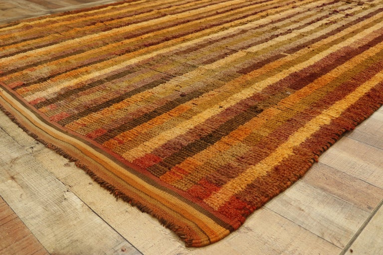 Wool Vintage Berber Moroccan Boujad Rug with Mid-Century Modern Style For Sale