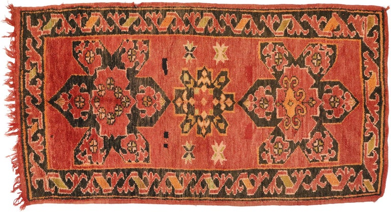 Vintage Berber Moroccan Rug with Mid-Century Modern Style For Sale 3