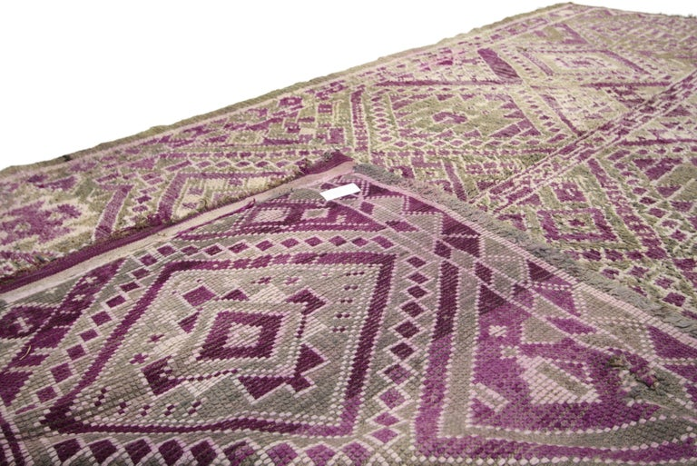 20th Century Vintage Berber Moroccan Rug with Modern Tribal Style For Sale