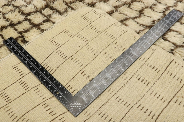 Vintage Berber Moroccan Rug with Modernist Bauhaus Style and Cubism Design In Good Condition For Sale In Dallas, TX