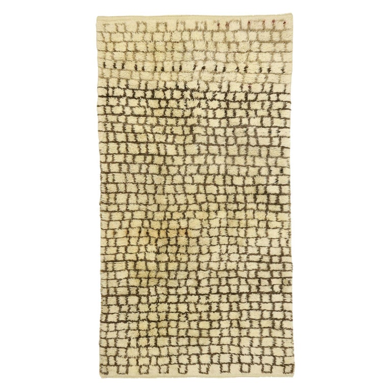 Vintage Berber Moroccan Rug with Modernist Bauhaus Style and Cubism Design For Sale