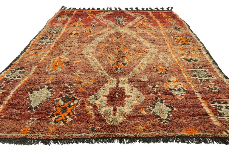 Tribal Vintage Berber Moroccan Zayane Rug with Mid-Century Modern Style For Sale