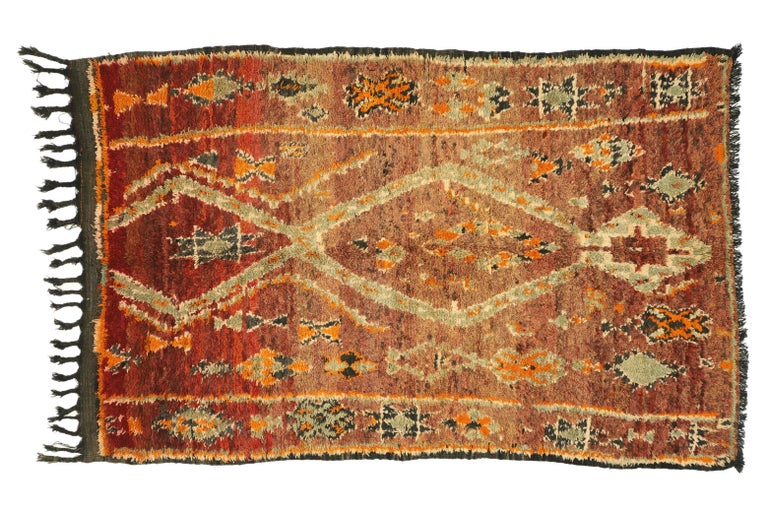 Vintage Berber Moroccan Zayane Rug with Mid-Century Modern Style For Sale 2