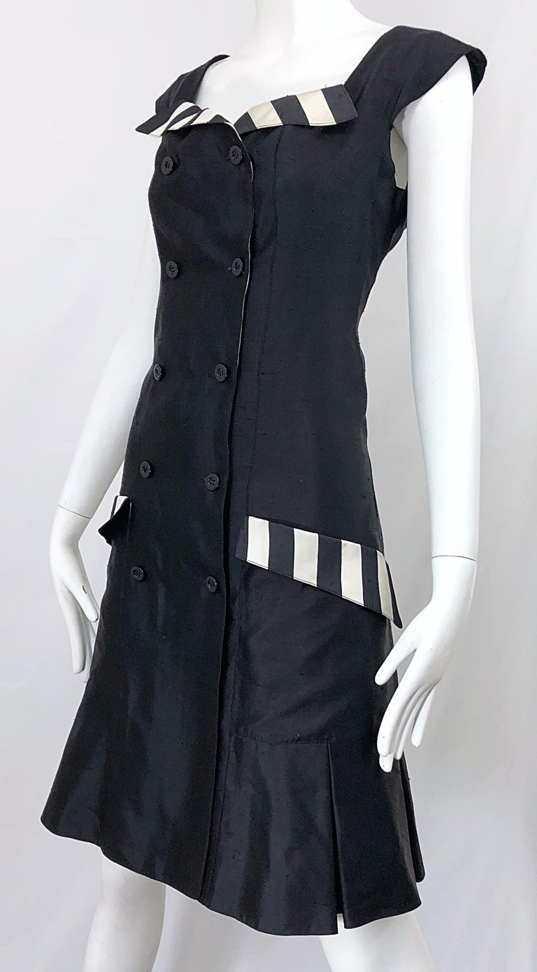Vintage Bernard Perris Size 12 Black and White Striped 1990s Silk Dress For Sale 7