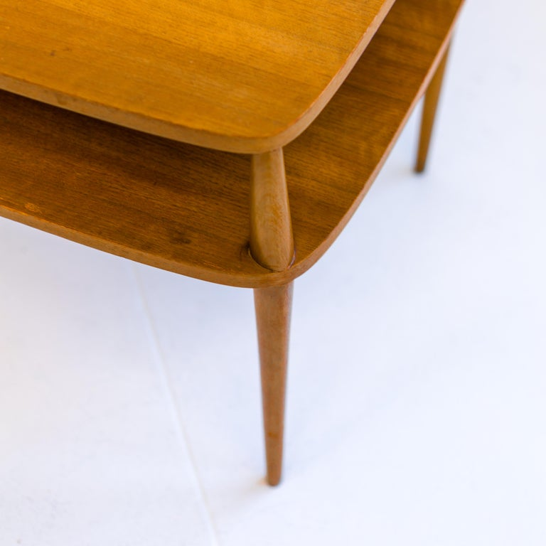 American Vintage Bertha Schaefer Walnut Side Table for Singer & Sons, 20th Century, USA For Sale
