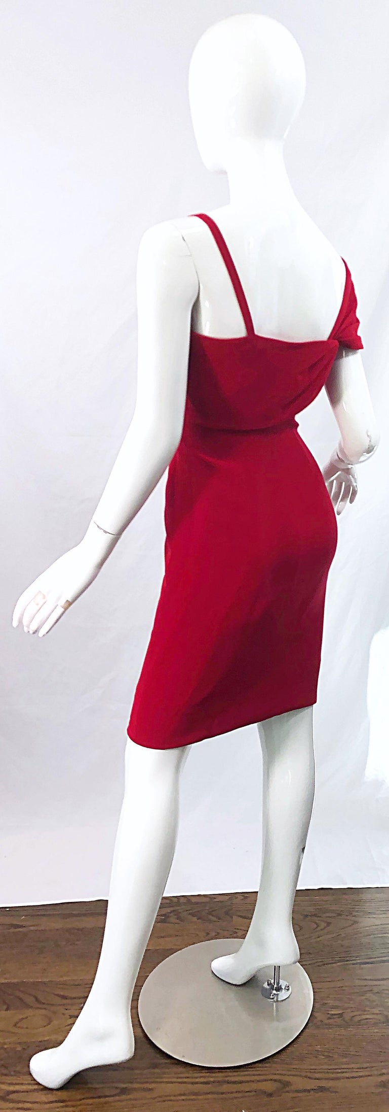 Vintage Bill Blass 1990s Size 6 Lipstick Red One Shoulder 90s Silk Dress For Sale 7