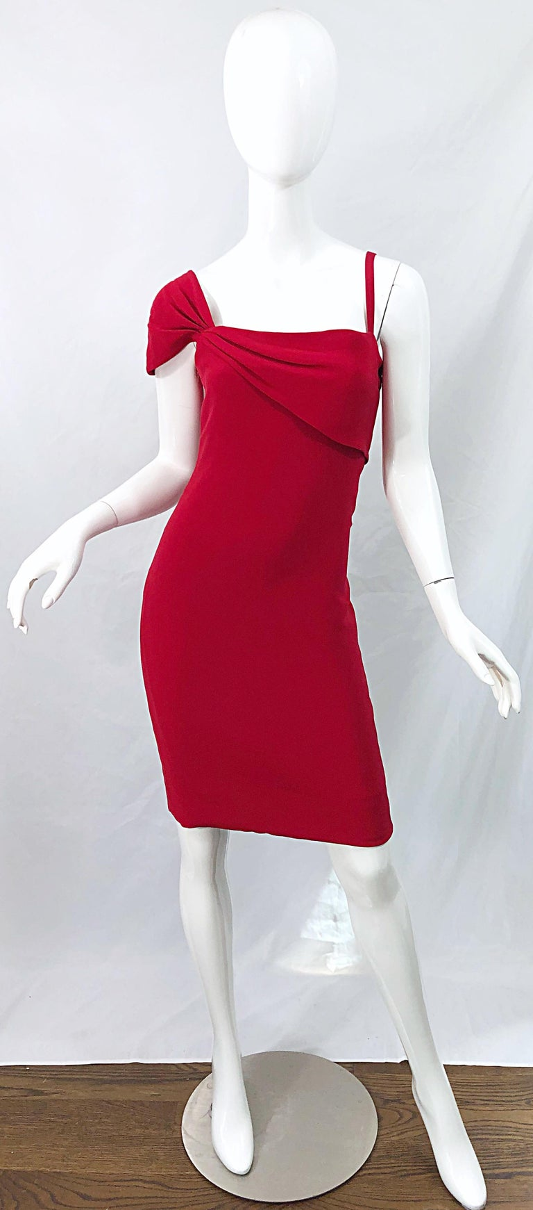 Vintage Bill Blass 1990s Size 6 Lipstick Red One Shoulder 90s Silk Dress For Sale 8