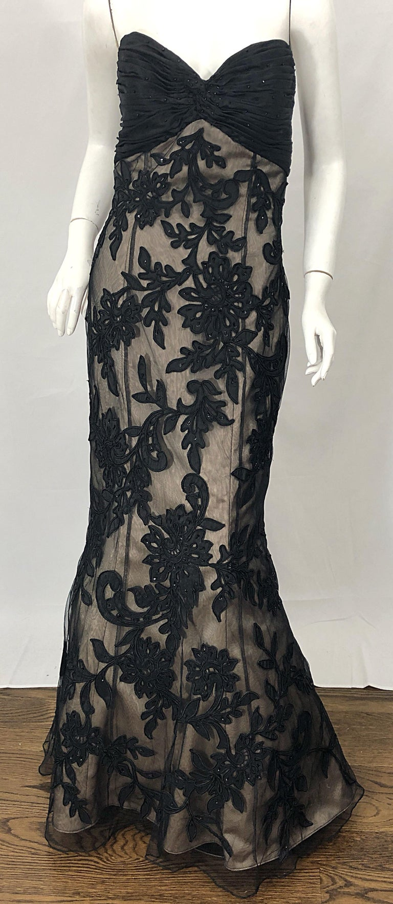 Vintage Bill Blass Couture Size 4 / 6 Black + Nude Beaded Strapless Mermaid Gown For Sale 4