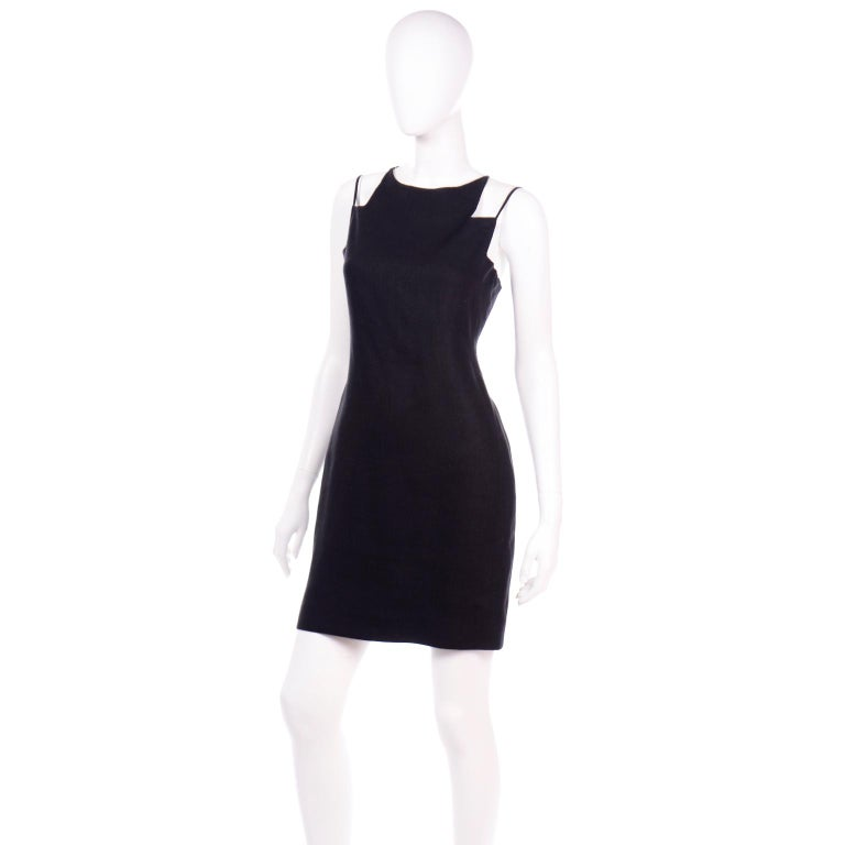 Vintage Bill Blass Linen Little Black Evening Dress W Cutout Neckline & Low Back In Excellent Condition For Sale In Portland, OR