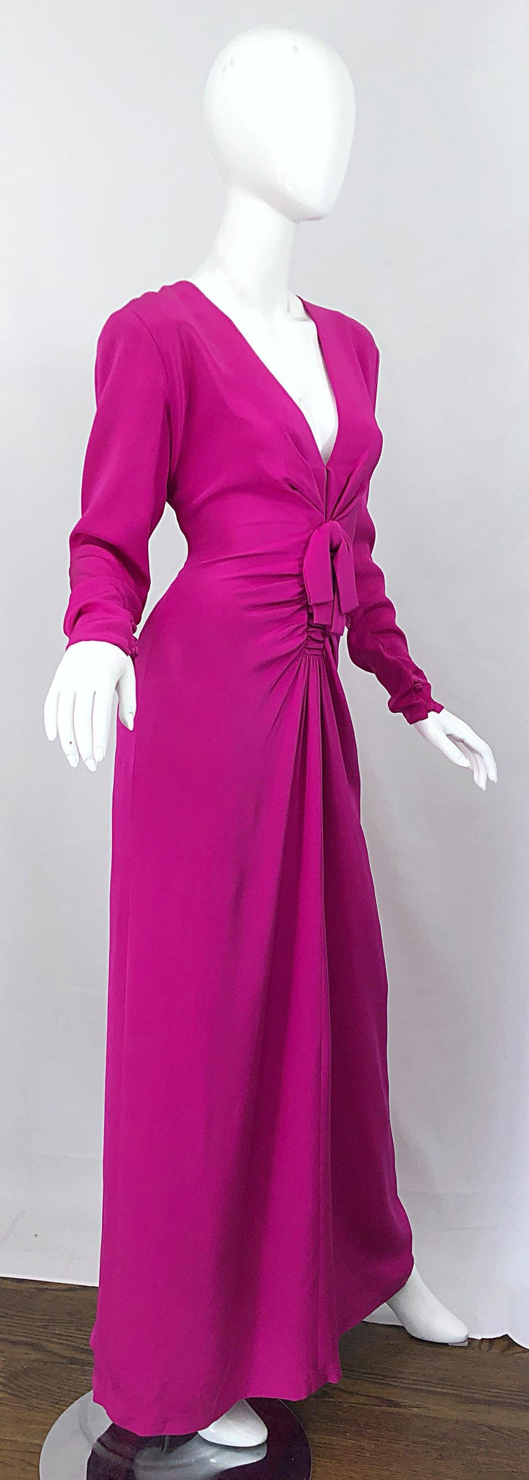 Vintage Bill Blass Size 10 Hot Pink Silk Jersey Cut - Out 1980s 80s Evening Gown For Sale 6