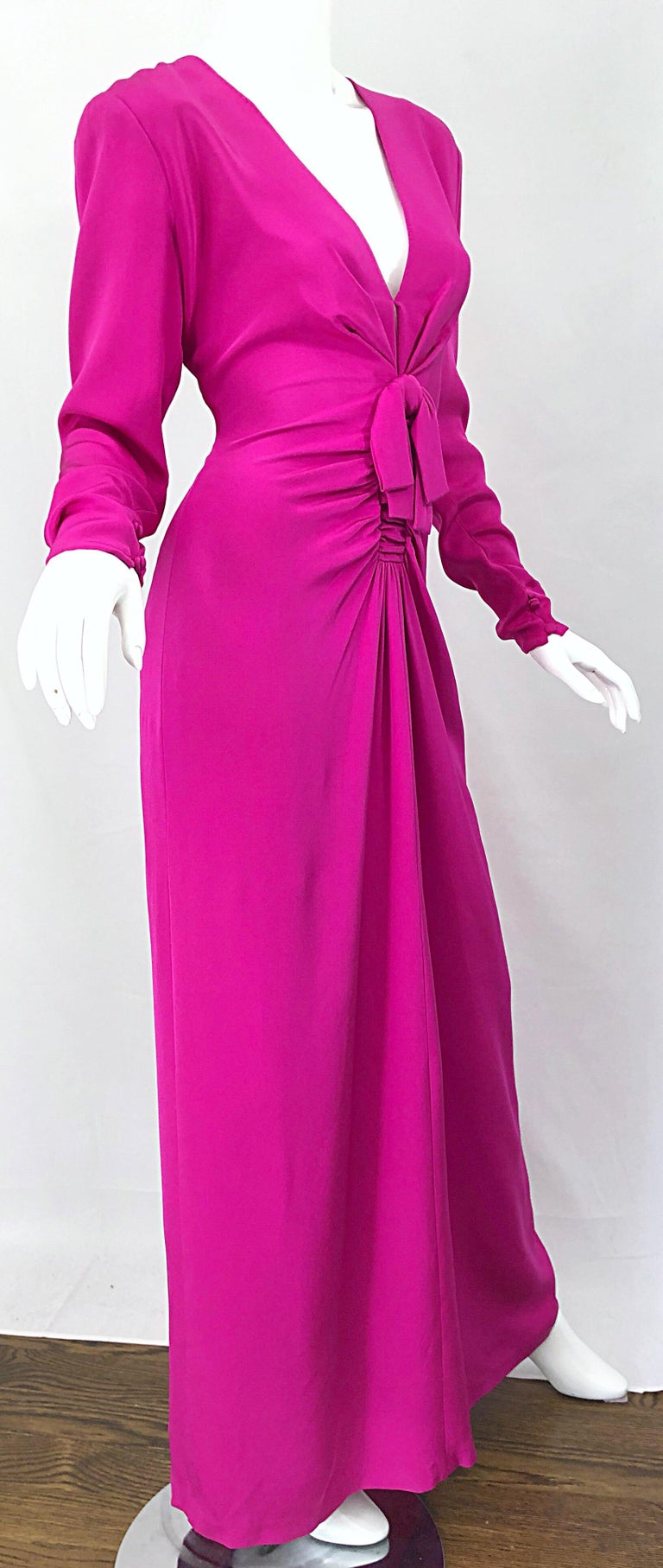 Vintage Bill Blass Size 10 Hot Pink Silk Jersey Cut - Out 1980s 80s Evening Gown For Sale 9