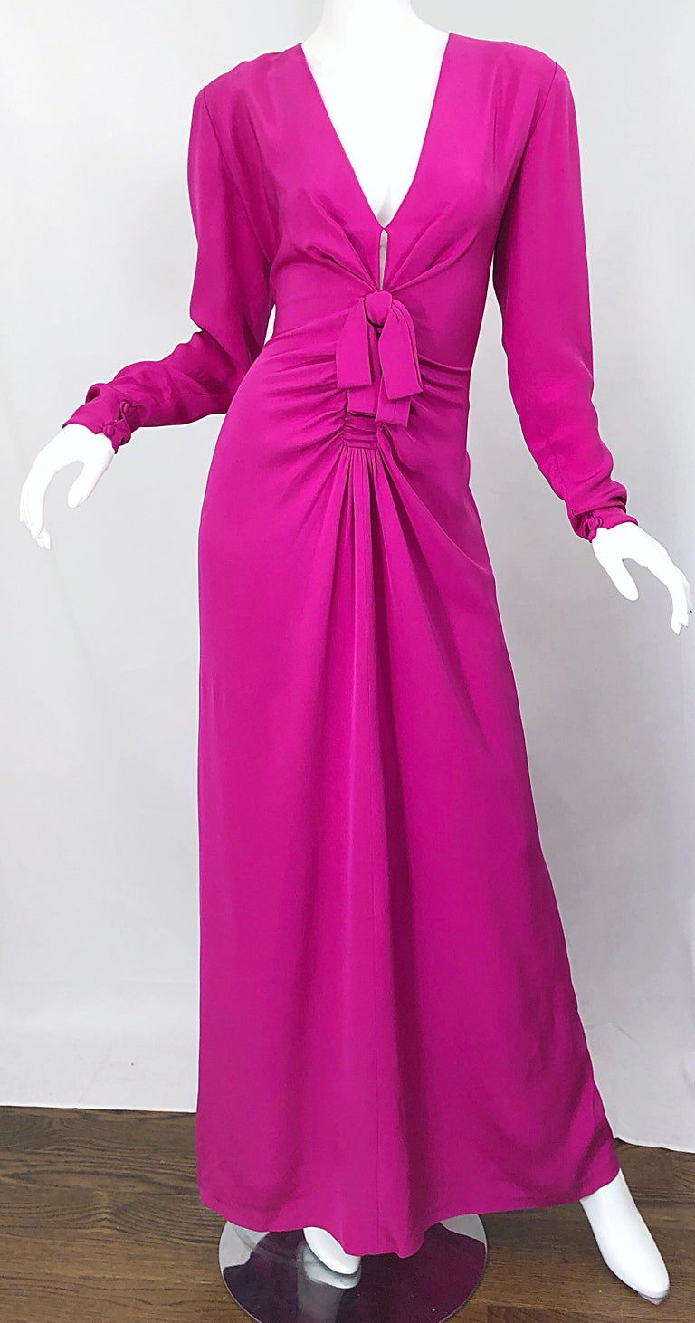 Vintage Bill Blass Size 10 Hot Pink Silk Jersey Cut - Out 1980s 80s Evening Gown For Sale 10