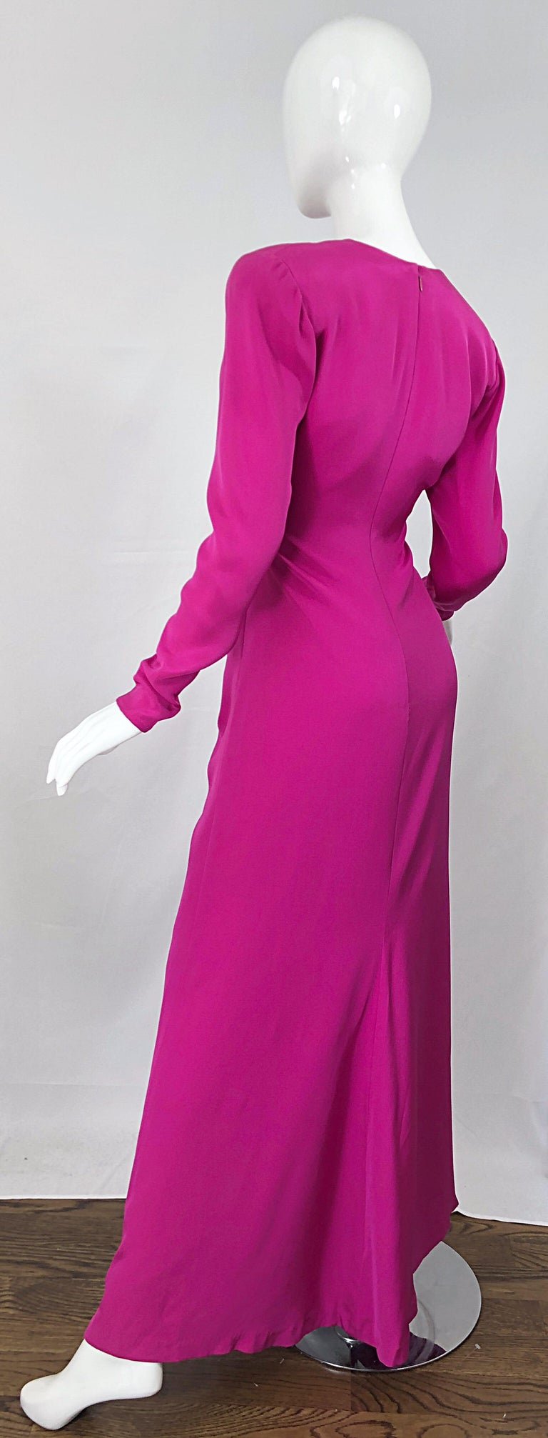 Vintage Bill Blass Size 10 Hot Pink Silk Jersey Cut - Out 1980s 80s Evening Gown For Sale 12