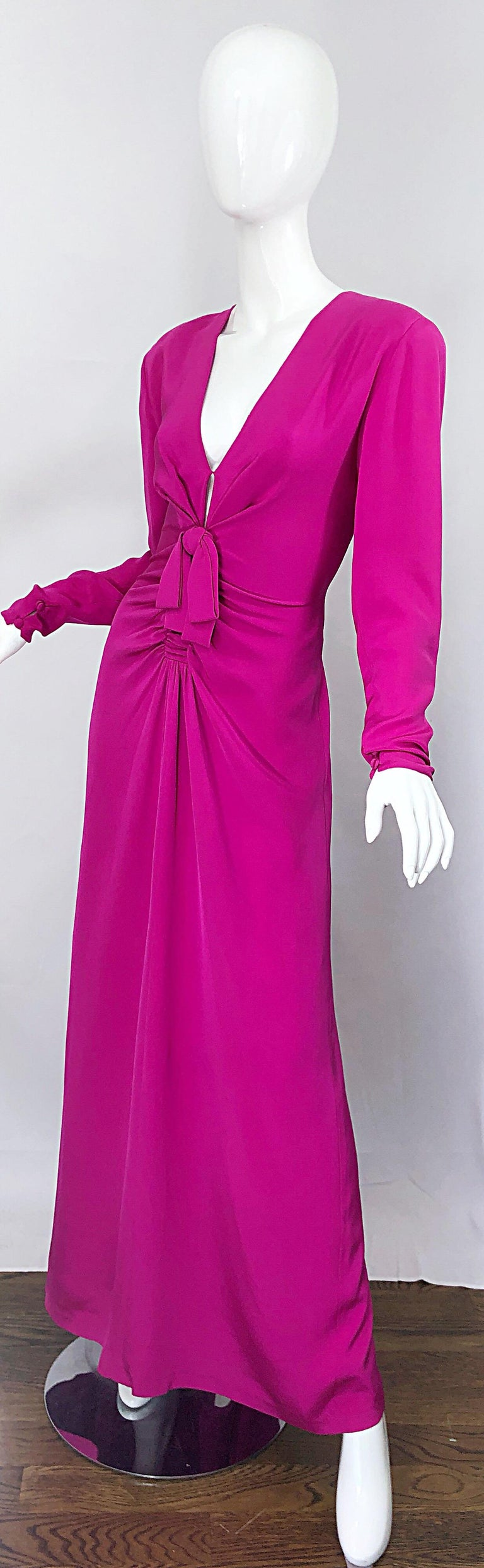 Vintage Bill Blass Size 10 Hot Pink Silk Jersey Cut - Out 1980s 80s Evening Gown For Sale 1