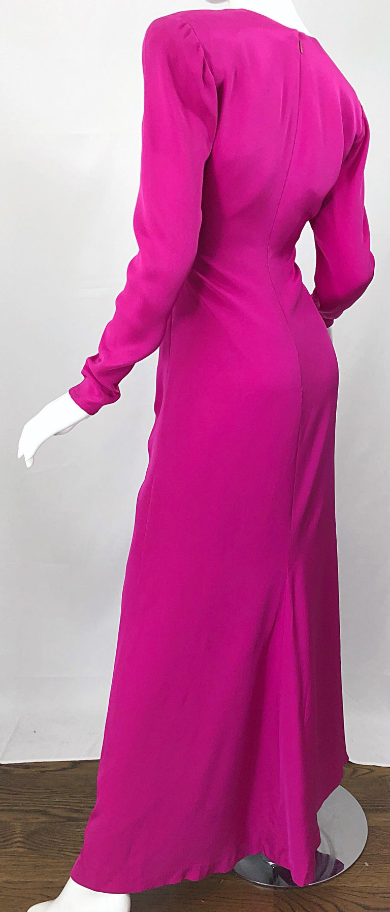 Vintage Bill Blass Size 10 Hot Pink Silk Jersey Cut - Out 1980s 80s Evening Gown For Sale 3