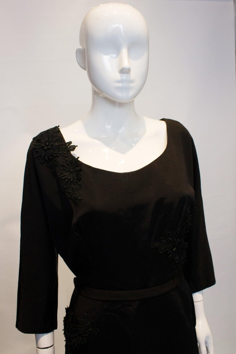 Vintage Black Cocktail Dress with Floral Applique. In Good Condition For Sale In London, GB