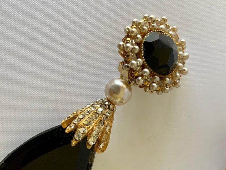Women's Vintage Black Faux Pearl Drop Earrings  For Sale