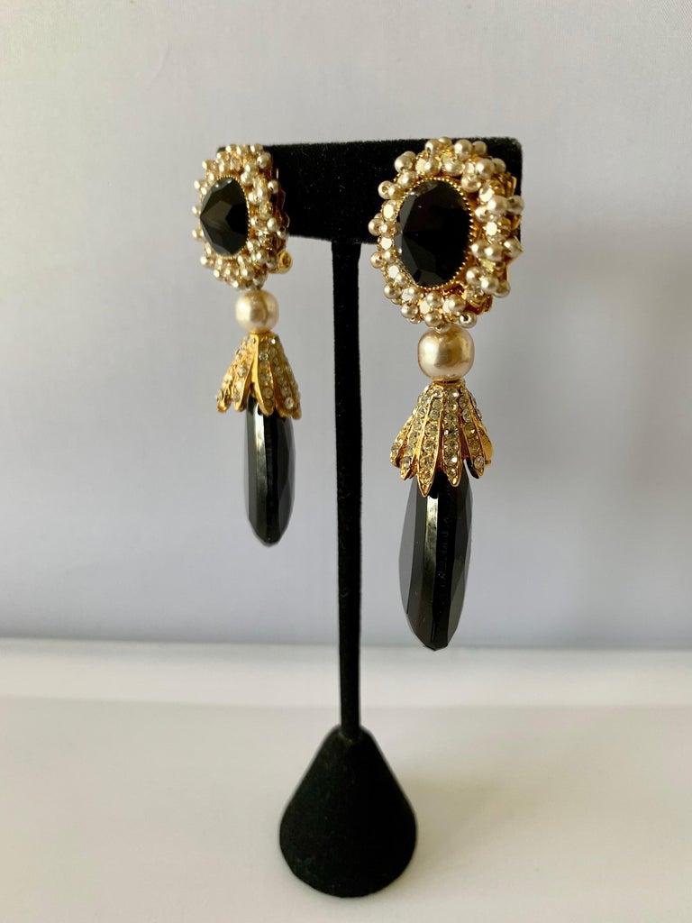 Vintage Black Faux Pearl Drop Earrings  For Sale 1