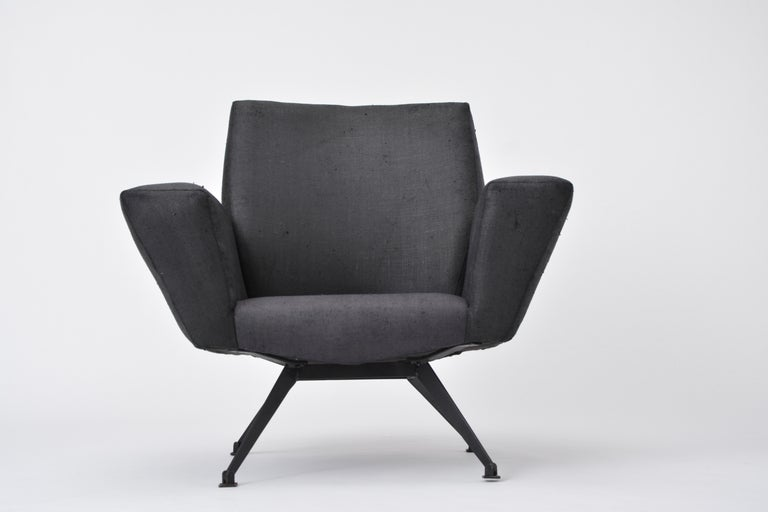 Vintage Black Italian Lounge Chair Model 548 by Lenzi, 1960s For Sale 3