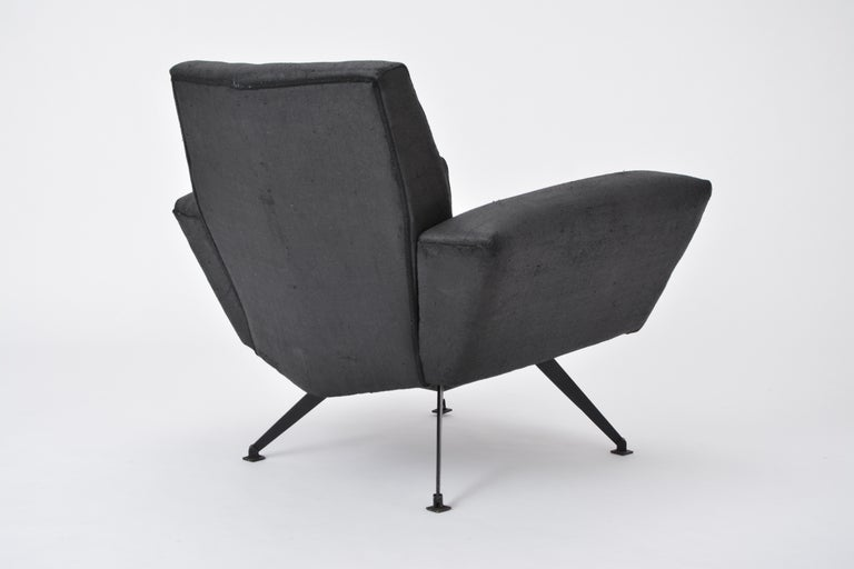 Lacquered Vintage Black Italian Lounge Chair Model 548 by Lenzi, 1960s For Sale