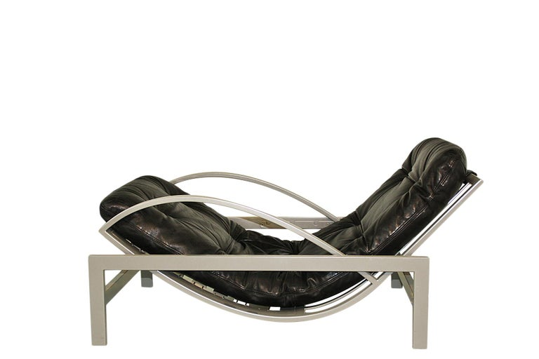 Mid-Century Modern Vintage black leather and metal Lounge Chair by Guy Lefevre - multi adjustable  For Sale