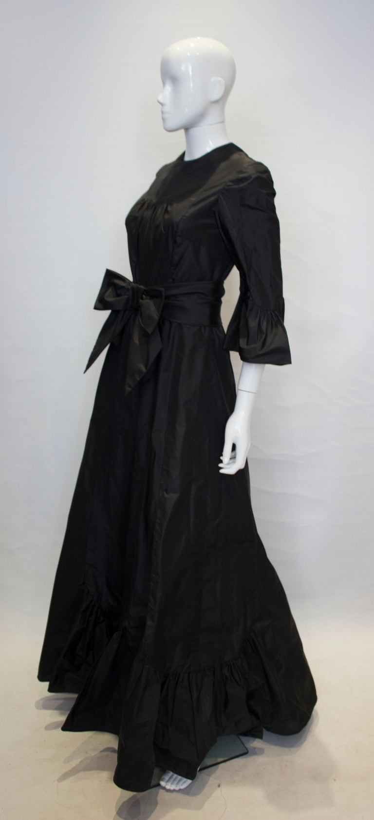Vintage Black Silk Gown In Good Condition For Sale In London, GB