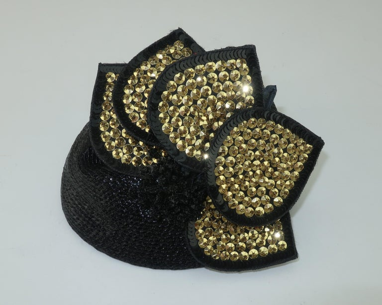 Vintage Black Straw Fascinator Hat With Gold Sequins In Good Condition For Sale In Atlanta, GA