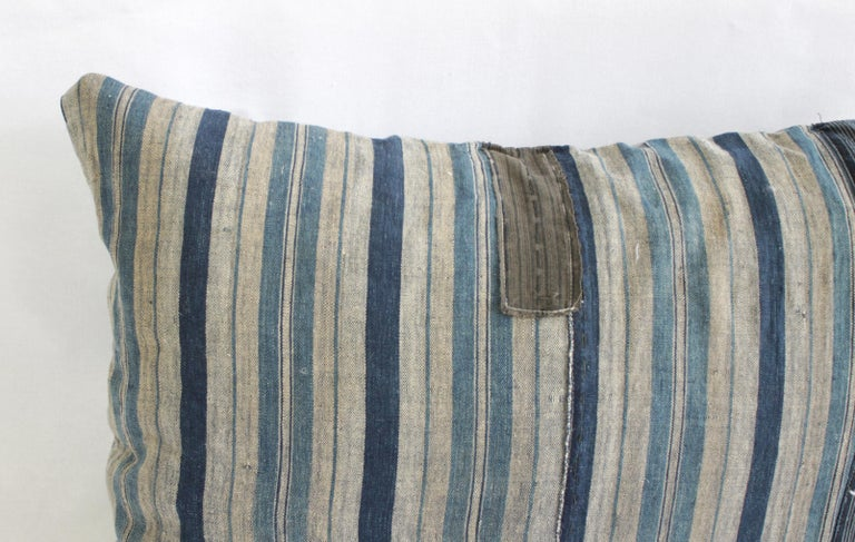 Vintage Blue and Tan Patchwork Style Pillow In Good Condition For Sale In Brea, CA