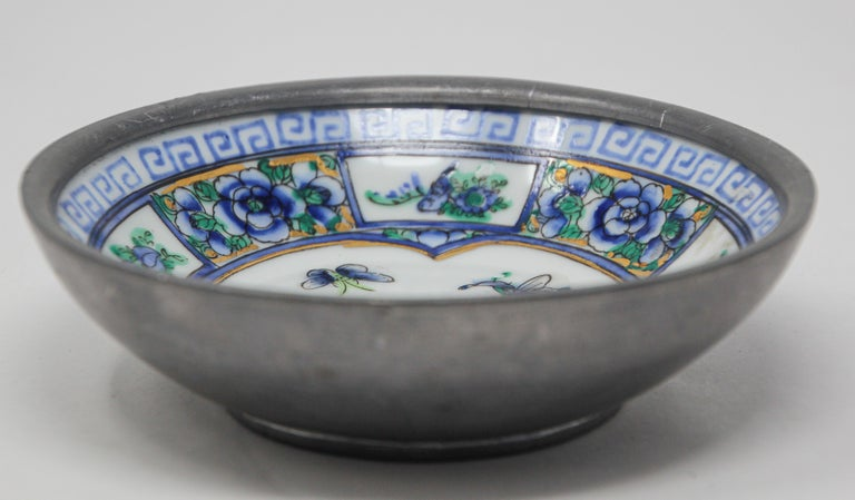 Chinese Export Vintage Blue and White Porcelain Bowl, Catchall Encased in Pewter For Sale
