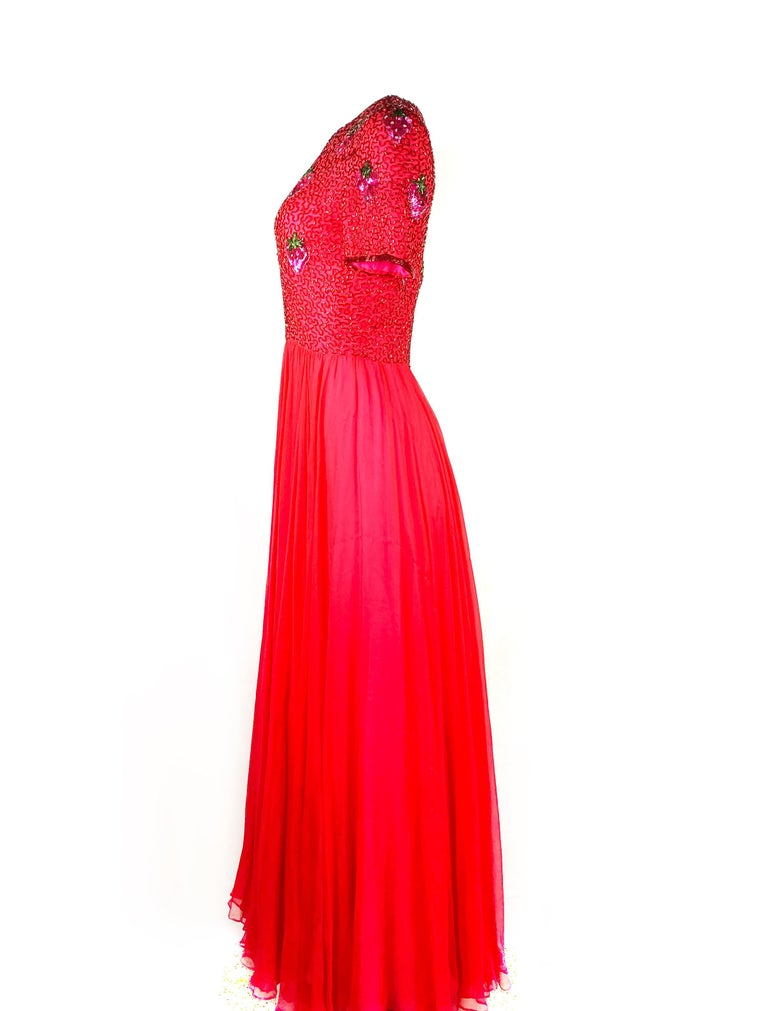 Vintage BOB MACKIE Red and Pink Strawberry Maxi Evening Dress Gown Size 10 For Sale 2