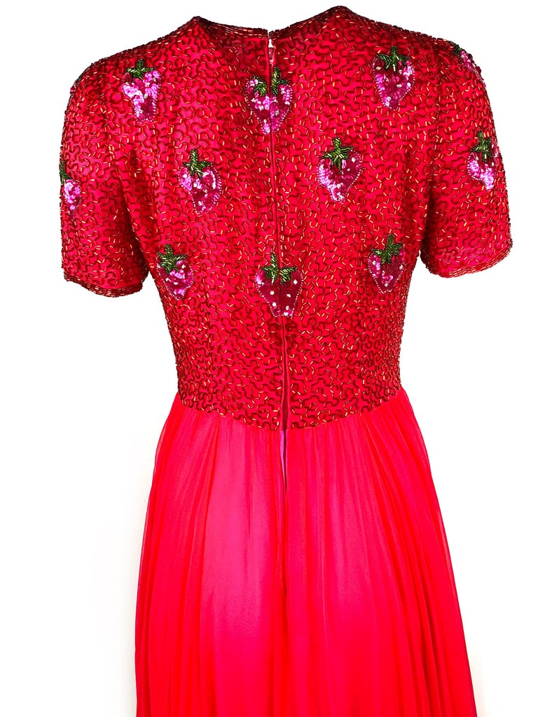 Vintage BOB MACKIE Red and Pink Strawberry Maxi Evening Dress Gown Size 10 For Sale 4