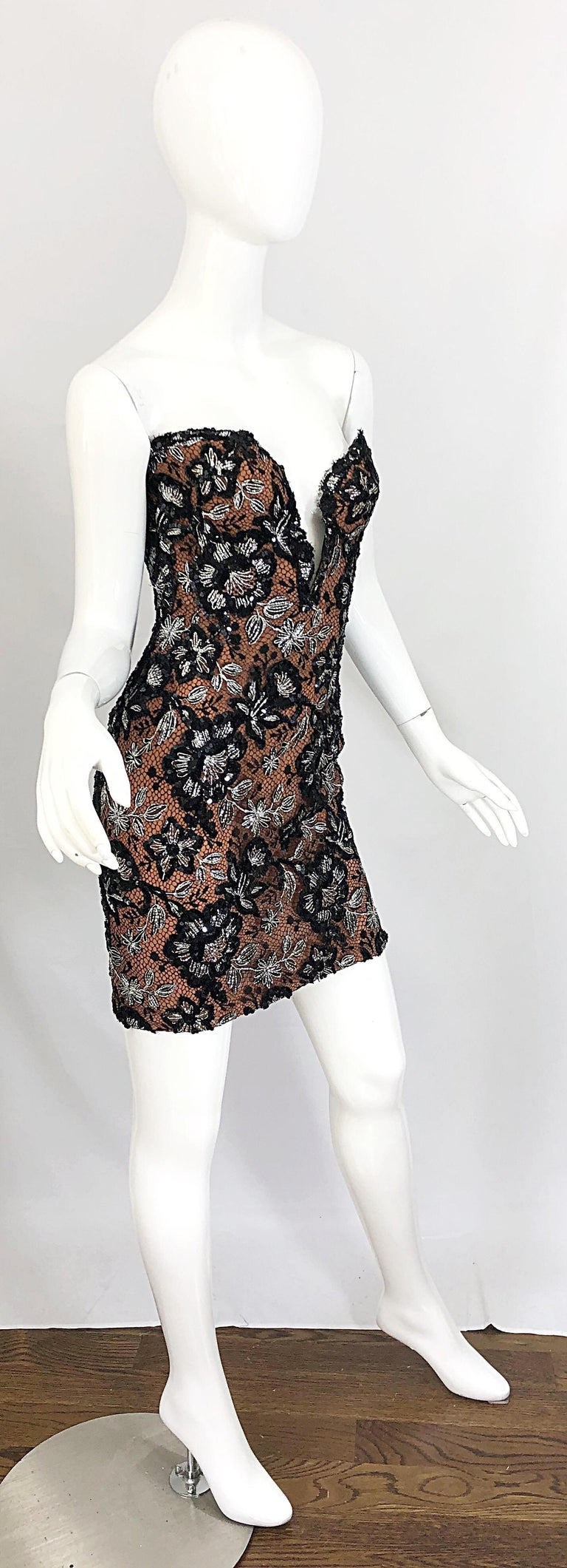 Vintage Bob Mackie Size 4 / 6 Black Nude Lace Sequin Sexy Plunging Mini Dress  For Sale 2