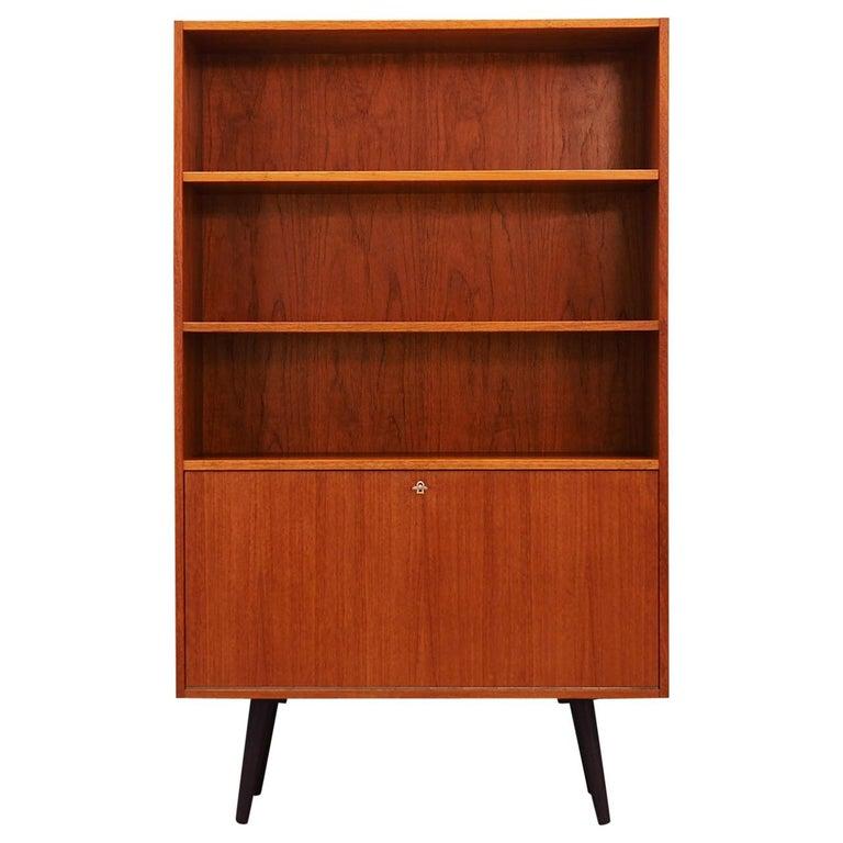 Vintage Bookcase Teak 1960-1970 Danish Design For Sale