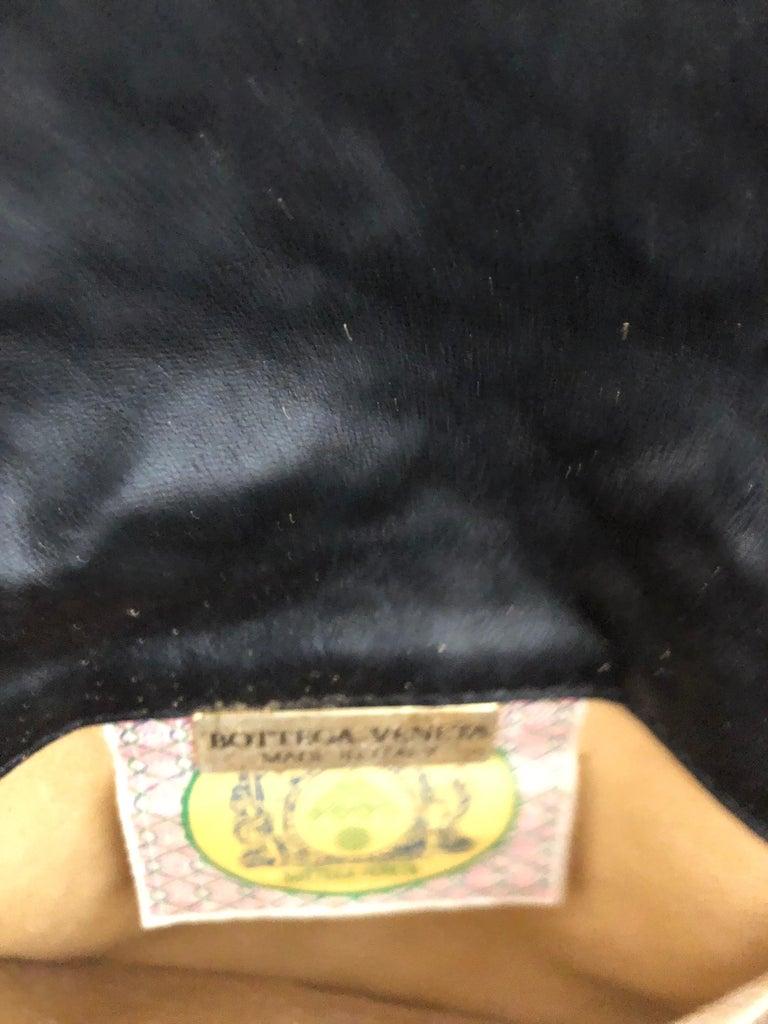 Vintage Bottega Veneta Black Intrecciato Handbag with Chain Strap For Sale 2