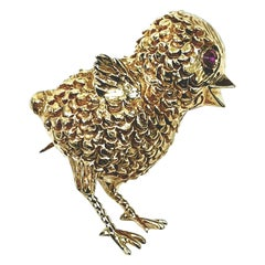 Vintage Boucheron 18 Karat Gold Bird or Chick Brooch