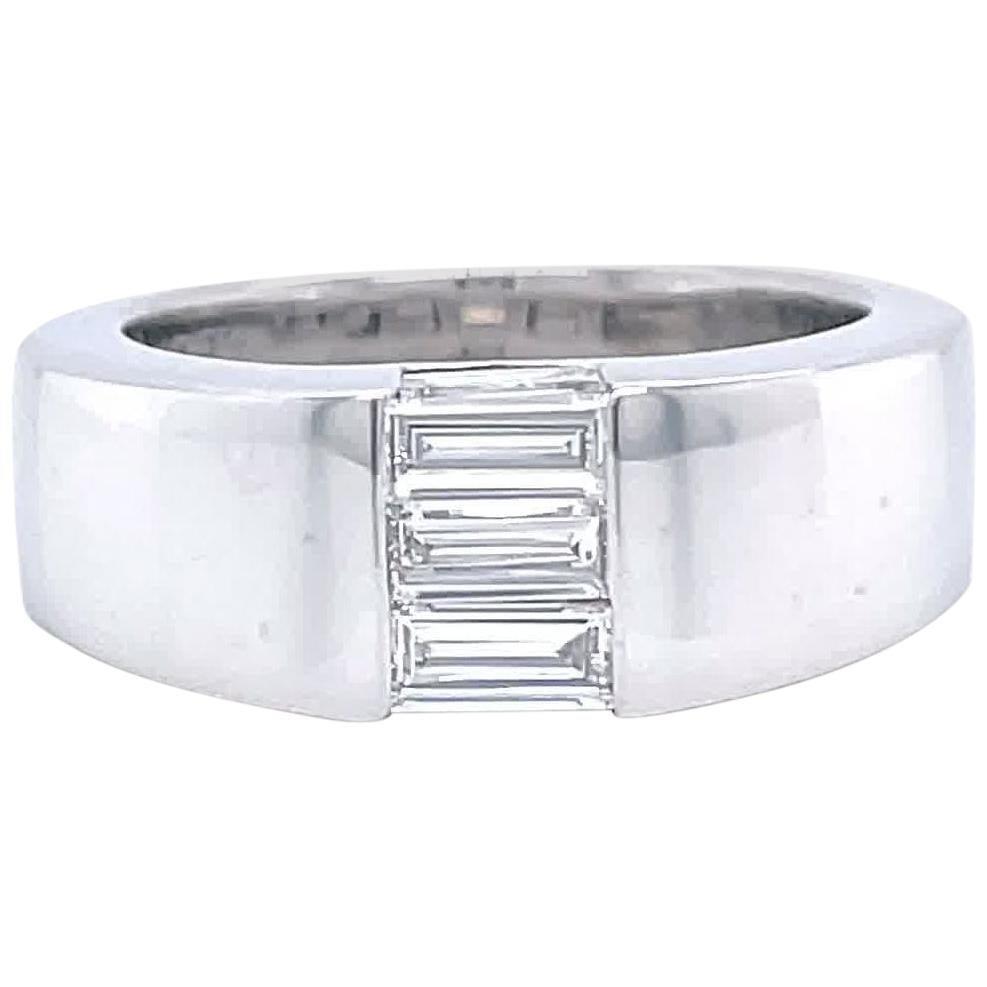 Vintage Boucheron 18 Karat White Gold Diamond Ring