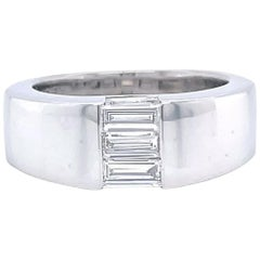 Vintage Boucheron 18 Karat White Gold Diamond Ring