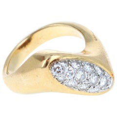Vintage Boucheron 18 Karat Yellow Gold and Diamond Ring 10.3g