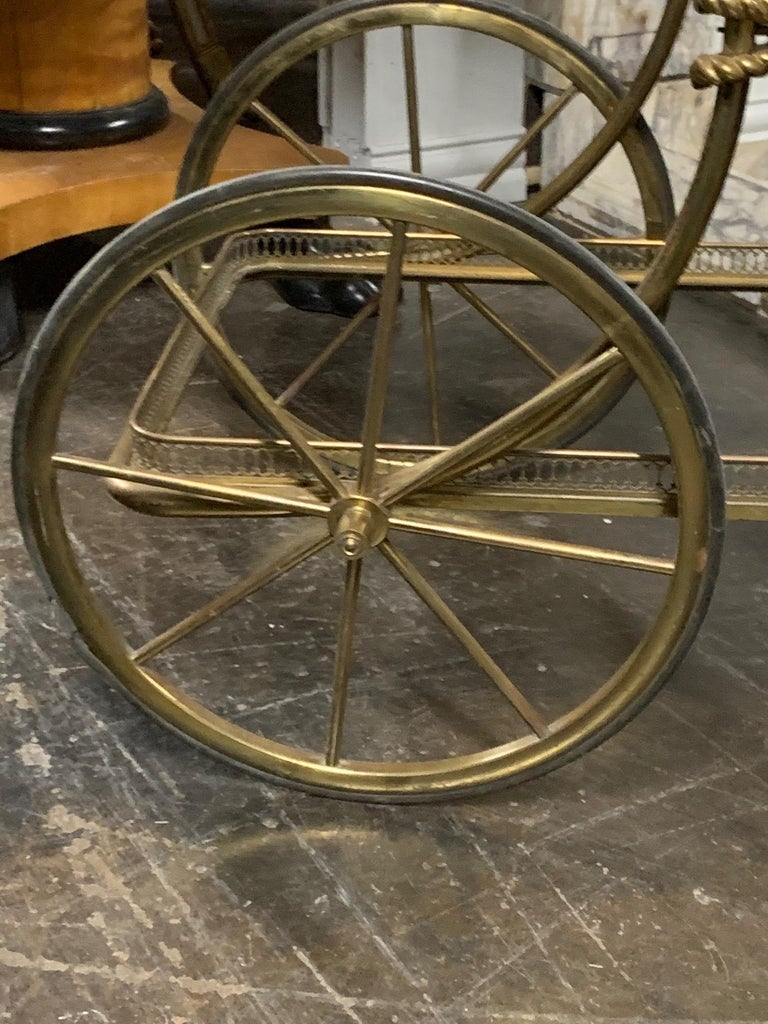 Vintage Brass Bar Cart In Good Condition For Sale In Dallas, TX