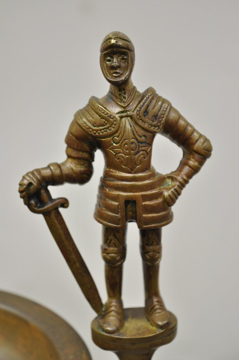 North American Vintage Brass Bronze Medieval Knight Figural Smoking Stand Ashtray Spiral Column For Sale