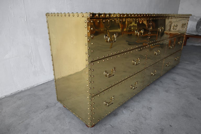Vintage Brass Clad Nine-Drawer Dresser by Sarreid In Good Condition For Sale In Las Vegas, NV