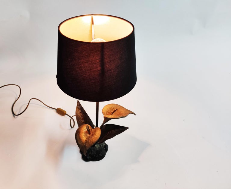 French Vintage Brass Lily Flower Table Lamp, 1970s For Sale