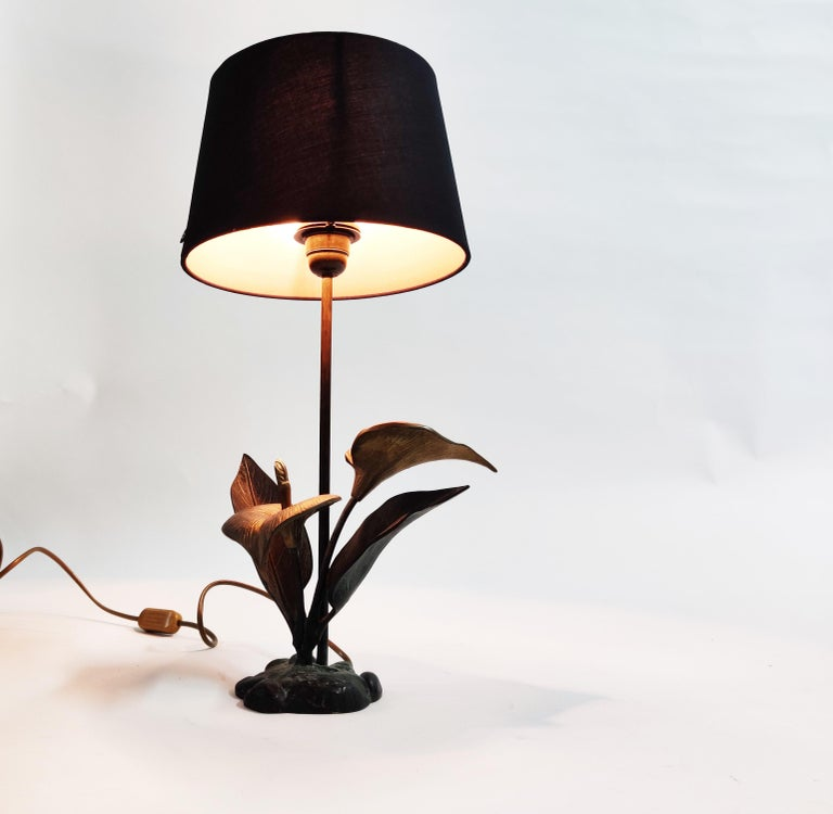 Late 20th Century Vintage Brass Lily Flower Table Lamp, 1970s For Sale