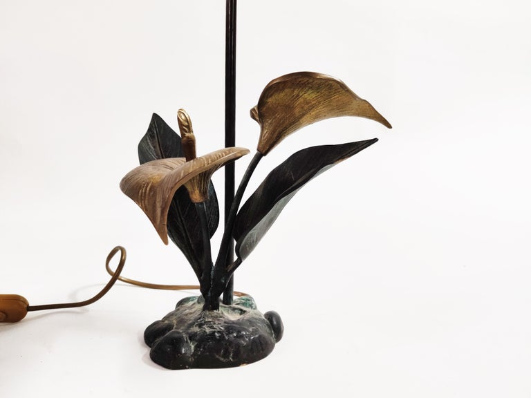 Vintage Brass Lily Flower Table Lamp, 1970s For Sale 1