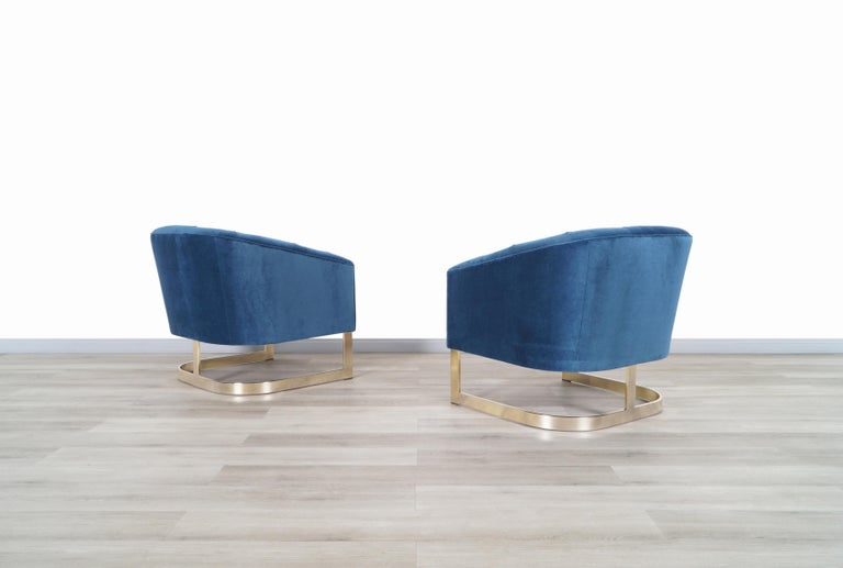 Mid-Century Modern Vintage Brass Lounge Chairs Attributed to Milo Baughman For Sale