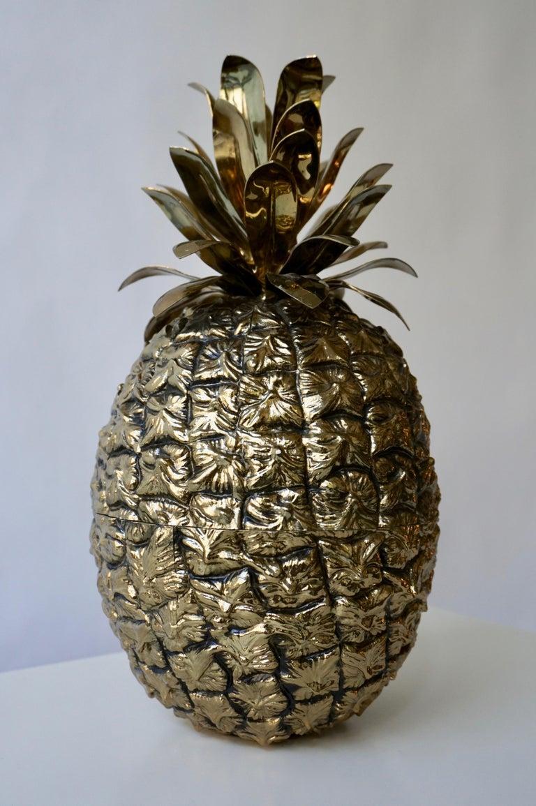 Large pineapple ice bucket made in Switzerland, circa 1960. Measures: Height 17 cm. Diameter 35 cm.