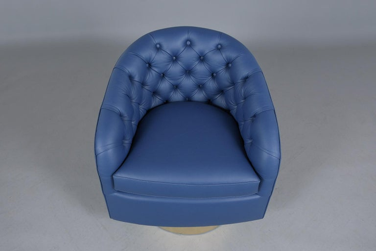 Milo Baughman Style Swivel Lounge Chairs In Good Condition For Sale In Los Angeles, CA
