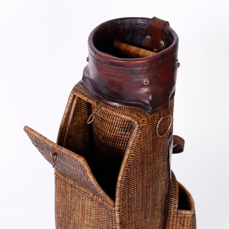 Vintage British Colonial Style Golf Bag In Good Condition For Sale In Palm Beach, FL