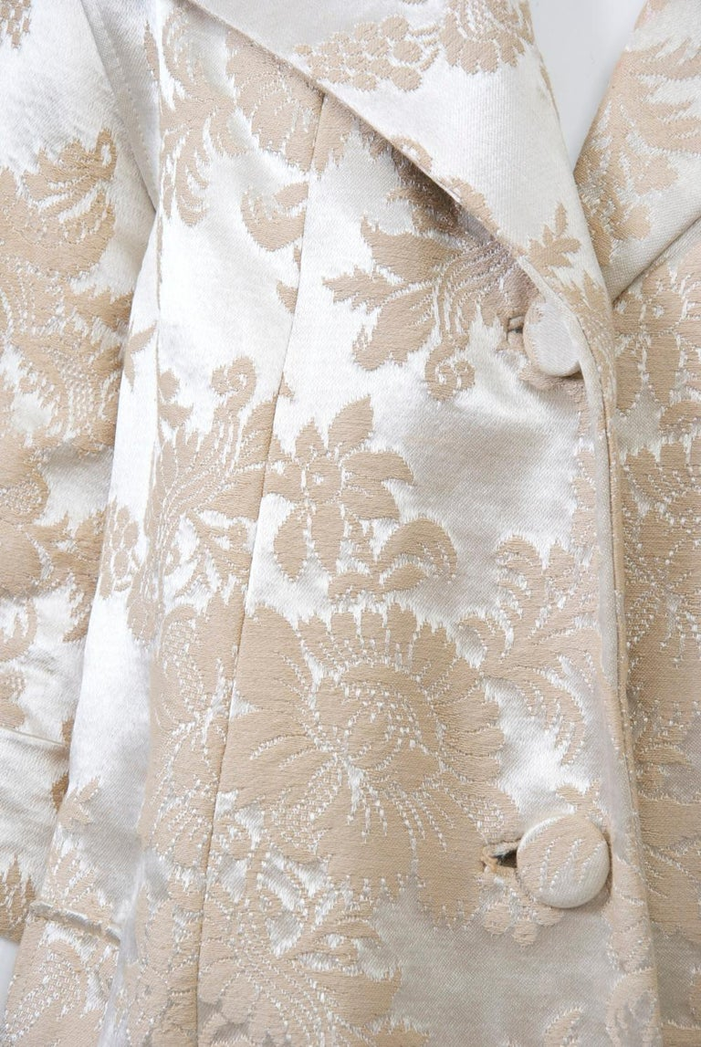 Beige Vintage Brocade Coat with Plush Lining For Sale